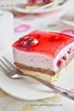 Ciasto piankowe z wiśniami bez pieczenia
