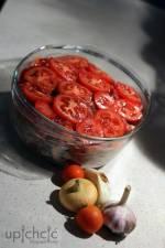 Karkówka w pomidorach z pieczarkami i papryką