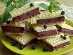 Lodowa kanapka z jagodami, czyli deser w waflu