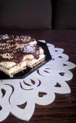 Mleczne przekładańce na waflach z czekoladą