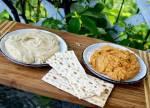 Pasty z ciecierzycy: z masłem orzechowym i pastą paprykową - pyszne:)