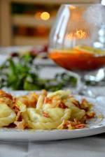 Pierogi z twarogiem, ziemniakami i tymiankiem (pierogi a'la ruskie) i przepyszny kompot z suszu