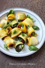 Roladki z cukinii z suszonymi pomidorami i serem