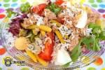 Sałatka ryżowa z tuńczykiem i kaparami