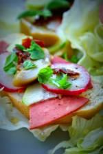 Szybka kolacja wegetariańska z wędliną Polsoja