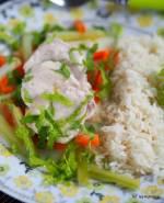 Szybki obiad. Potrawka z piersi kurczaka z warzywami w sosie maślanym