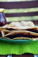 Szybki Obiad: wegańskie naleśniki z konfiturą z wiśni