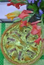 Tarta z kwiatami cukinii, kozim serem oraz z szynką parmeńską
