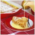 Zapiekane naleśniki z karmelizowanymi jabłkami w sosie waniliowym