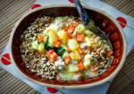 Zupa jarzynowa z mięsem mielonym i ziarnami