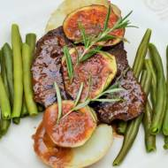 Stek wołowy z udźca w sosie sojowo-klonowym