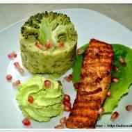 Grillowany łosoś z  puree ziemniaczano brokułowym  i  pianką  wasabi