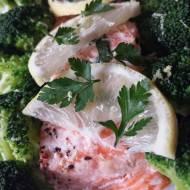 Salmon in herbs 'en papillote' - łosoś w ziołach w papilotach