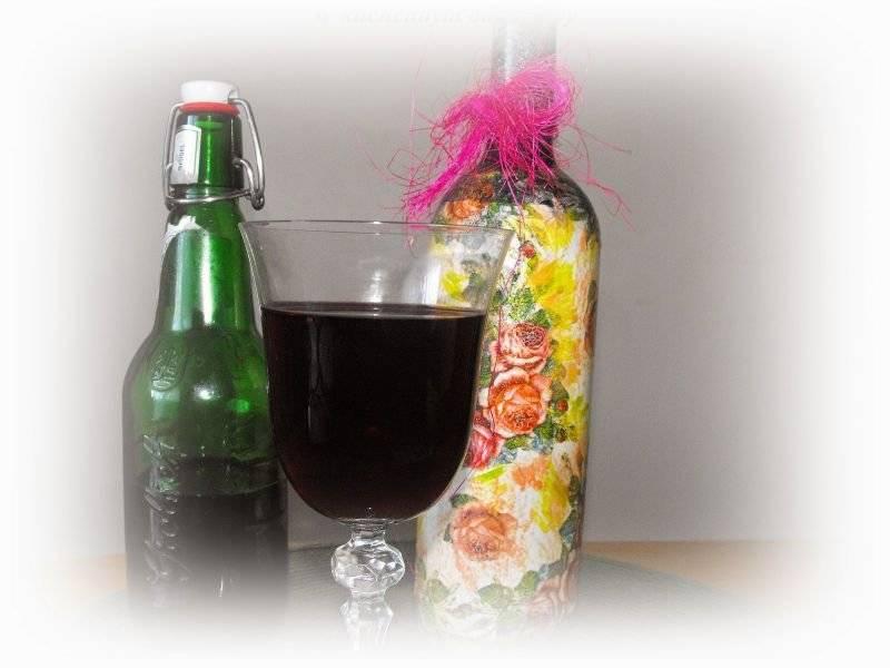 Wino z wiśni i czarnej porzeczki