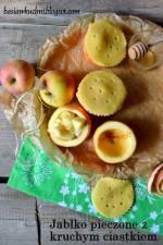 Jabłko zapiekane z kruchym ciastkiem