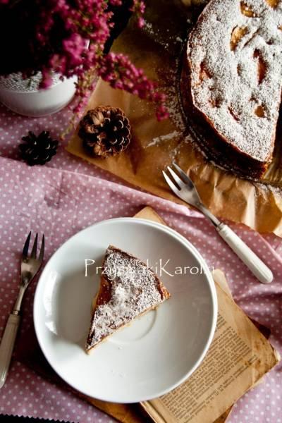 Biszkoptowe ciasto z jabłkami