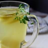 Rozgrzewający napój imbirowy