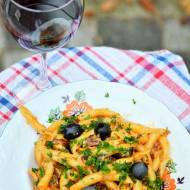 Makaron z chorizo i 3 rodzajami sera