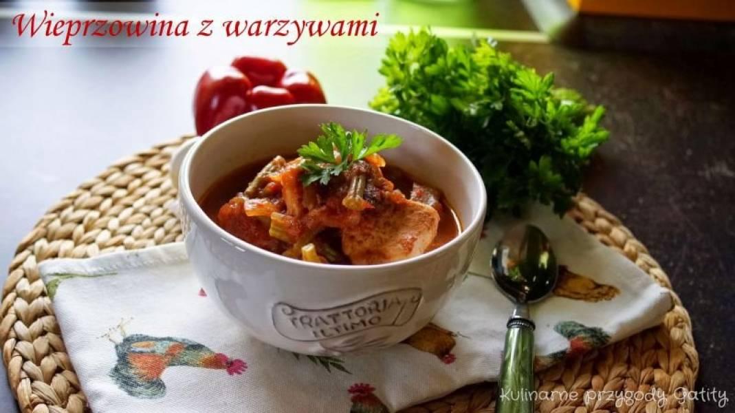 Wieprzowina QAFP z jesiennymi warzywami w adżice