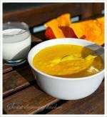Dyniowa zupa mleczna z lanymi kluskami