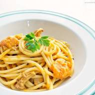 Spaghetti Bucatini z dynią i kurkami