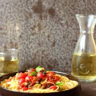 Spaghetti po maltańsku na Światowy Dzień Makaronu