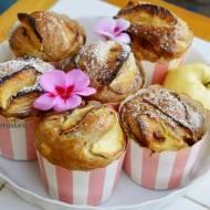 99. Kochamy smak pieczonych jabłek czyli: antonówki, cynamon, imbir i  wanilia ukryte w muffinach w wersji XL.