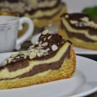Sernik łaciaty z czekoladową polewą dla gości