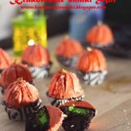 Czekoladowe muffiny z mini serniczkami