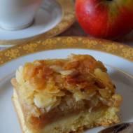 Kruche ciasto z jabłkami i migdałami