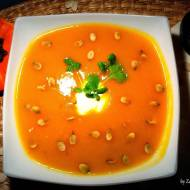 Zupa dyniowa (+ suszenie pestek dyni)