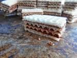 Wafelki czekoladowe z orzechami