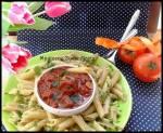 Penne z pulpecikami i sosem pomidorowym z nutą kakao