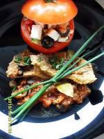 Szynka w sosie pomidorowym z rodzynkami