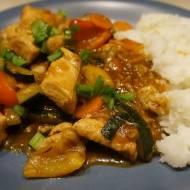 Mięso z warzywami w sosie teriyaki