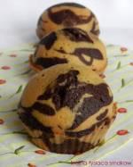 Muffinki a'la ciasto zebra