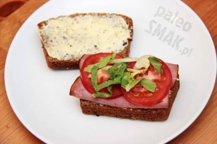 Chleb paleo (bezglutenowy, z mąki migdałowej)