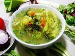 Zupa jarzynowa na bulionie drobiowym