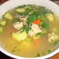 Aromatyczna zupa z kurczakiem