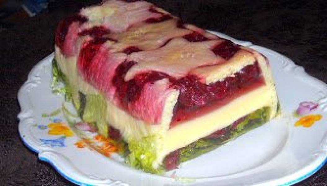 żurawina w galaretkach na deser...