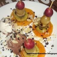 Koreczki owocowe z parowaru