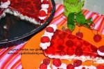 Tarta z malinami i kremem mascarpone delikatna i smaczna