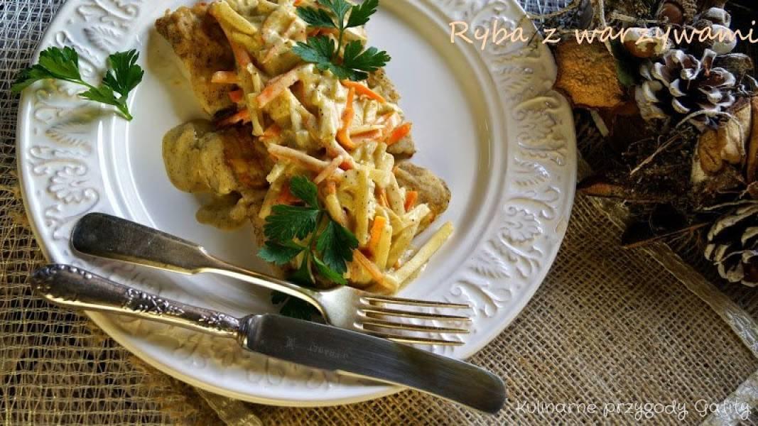 Ryba po kaszubsku w warzywami i białym winem