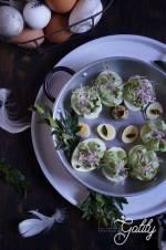 Jajka faszerowane pastą szpinakową