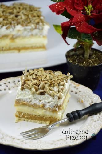 Ciasto bez pieczenia z masą krówkową i prażonym słonecznikiem