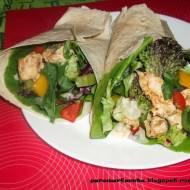 Tortilla z kurczakiem i warzywami z parowaru