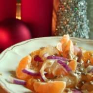 Sałatka z cytrusów na ostro z miodowym vinegretem