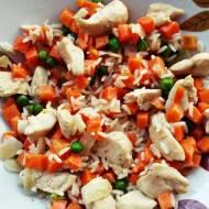 Obiad w 30 minut - drobiowa potrawka z marchewką i groszkiem