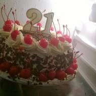 Student i piekarnik. Czy kuchnia będzie cała?!  The Black Forest Cake.