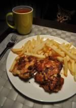 Kotleciki z piersi kuczaka z pieczarkami i serem żółtym